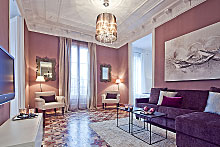 Ramblas Luxury Apartment, Balmes 9-Apartment in Barcelona.